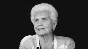 Evelyn Mangham